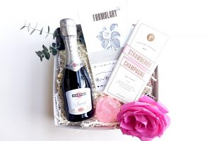 will you be my maid of honour wine gift