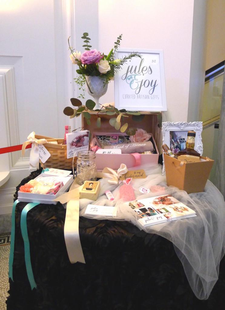 bridal favors and bridesmaid gifts