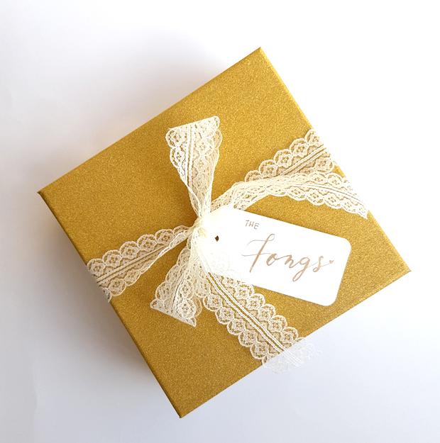Elegant gift for newlyweds